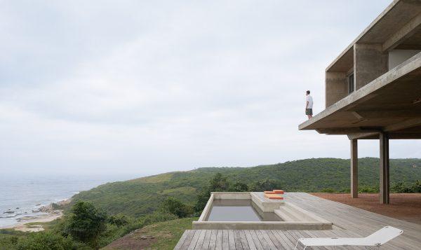 Biriwa House, Ghana